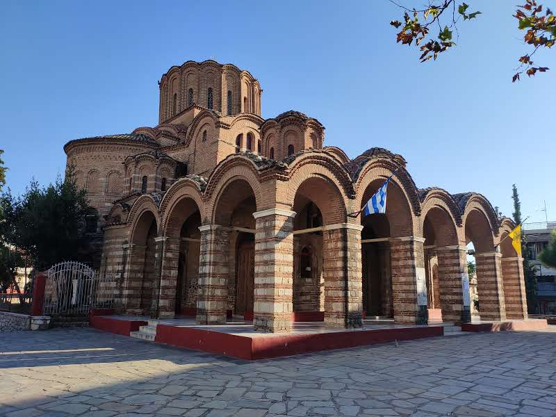 24 hours in Thessaloniki church of Elijah